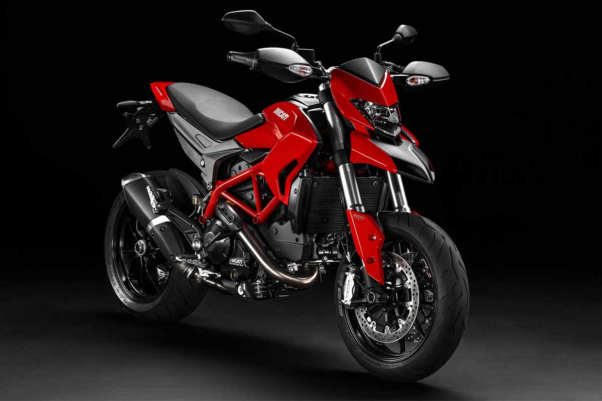 2014-Ducati-Hypermotard-Front-Right-Angle