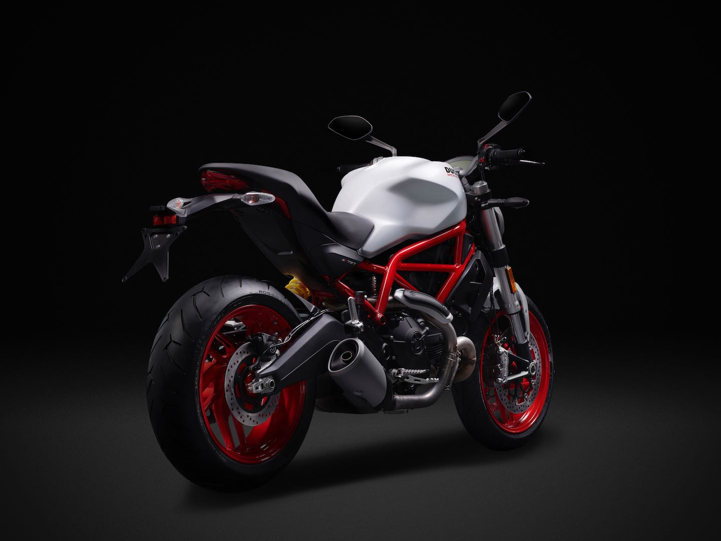 2017-ducati-monster-797-fast-facts-2