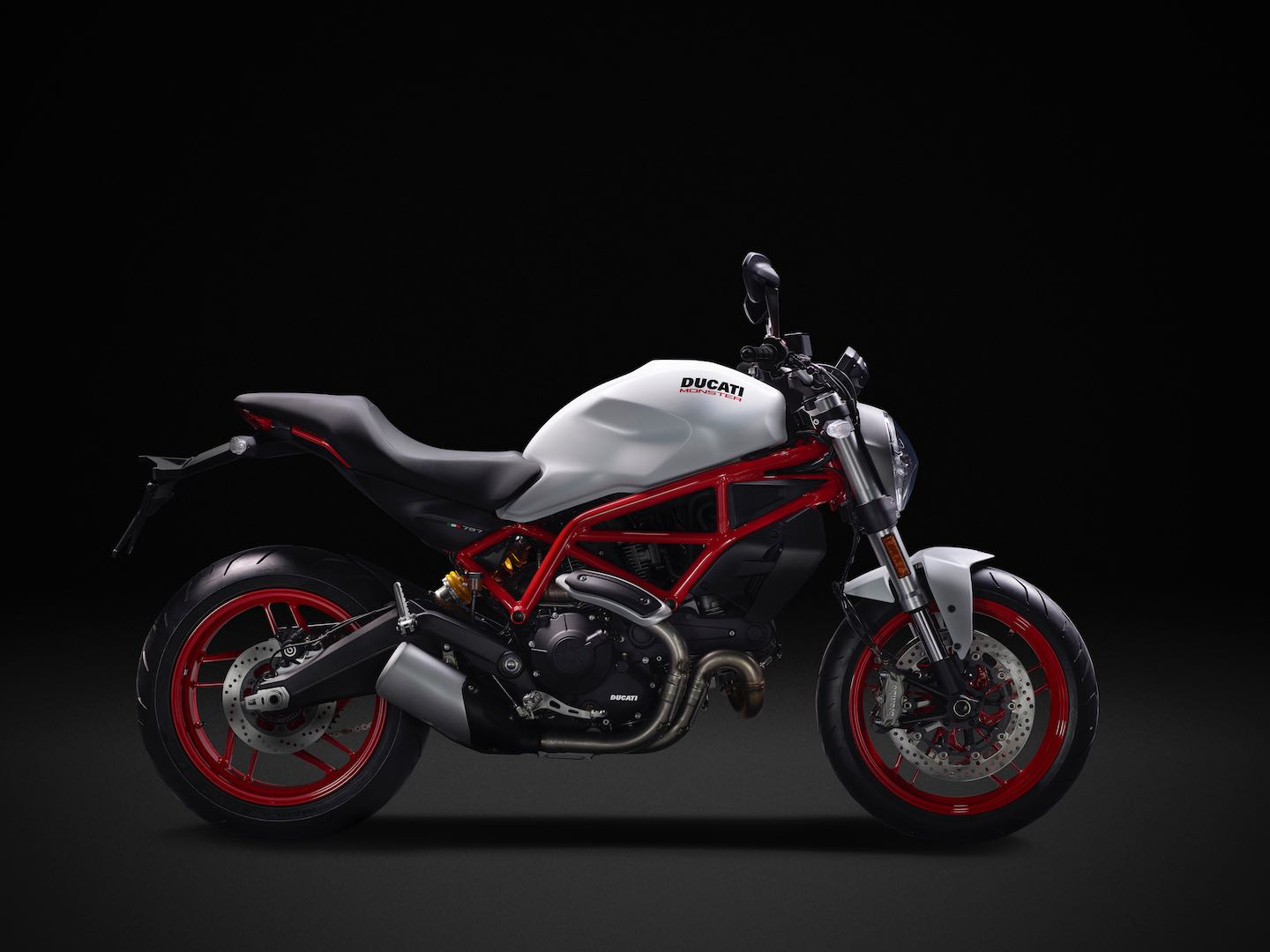 2017-ducati-monster-797-fast-facts-4